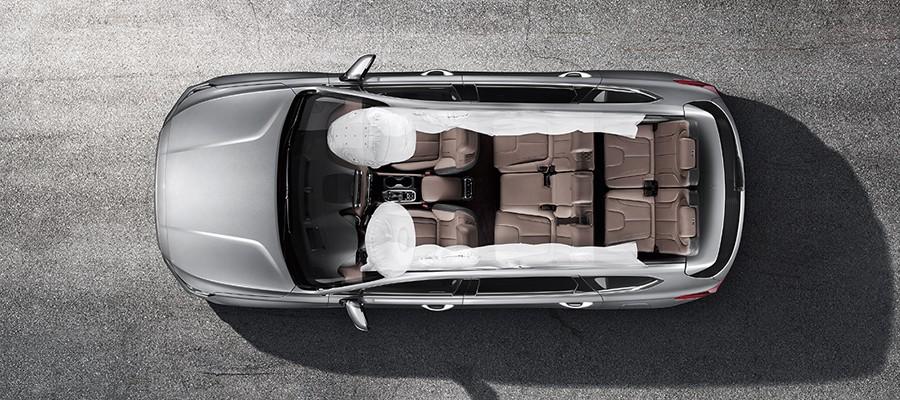 Hệ thống túi khí an toàn người lái và hàng khách