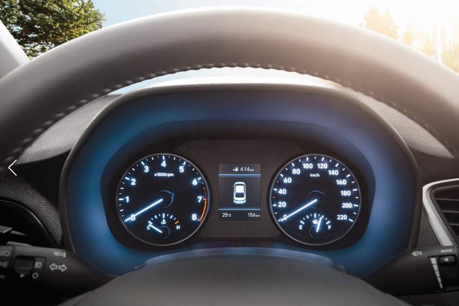 Nội thất Hyundai Accent 1.4 AT Đặc Biệt - Hình 2