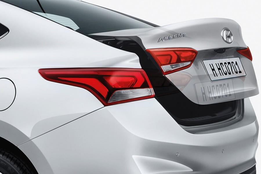 Nội thất Hyundai Accent 1.4 AT Đặc Biệt - Hình 5